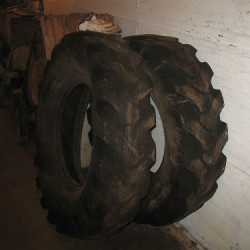 grader tires,4-24-14